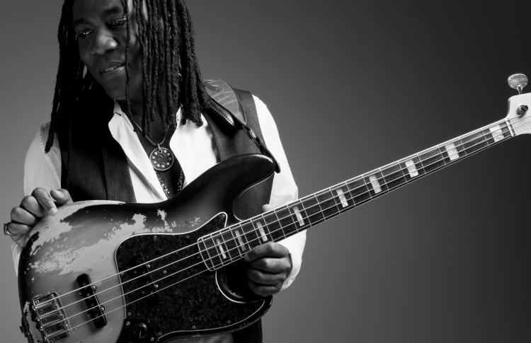 jazzfest-richard-bona-2